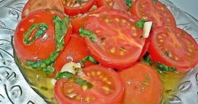 Быстрые маринованные помидорки