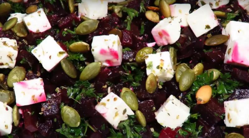 Вкусно и полезно! Салат со свеклой и сыром «Фета»