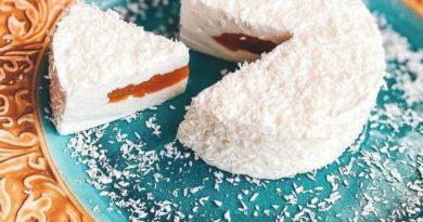 Творожное суфле с персиковой начинкой
