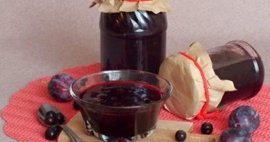 Варенье из черноплодной рябины и сливы
