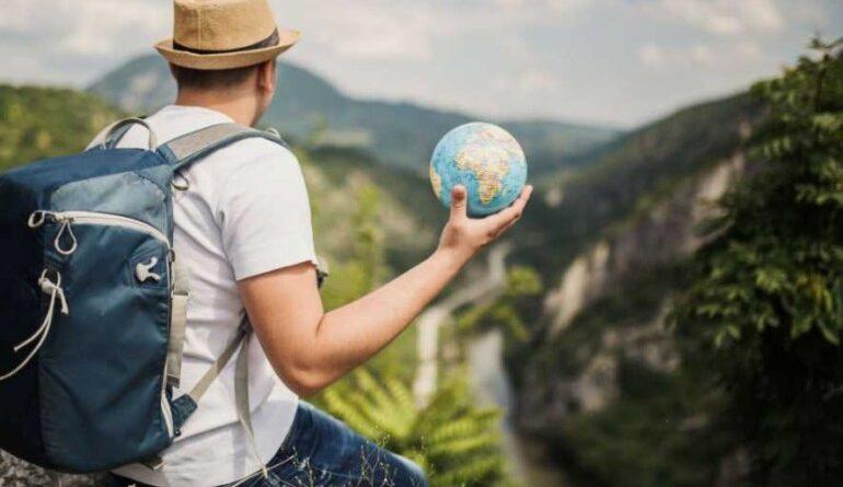 5 вещей, которые выдают в человеке туриста