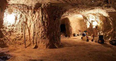 Кубер-Педи: подземный город, где живут люди, добывающие опалы
