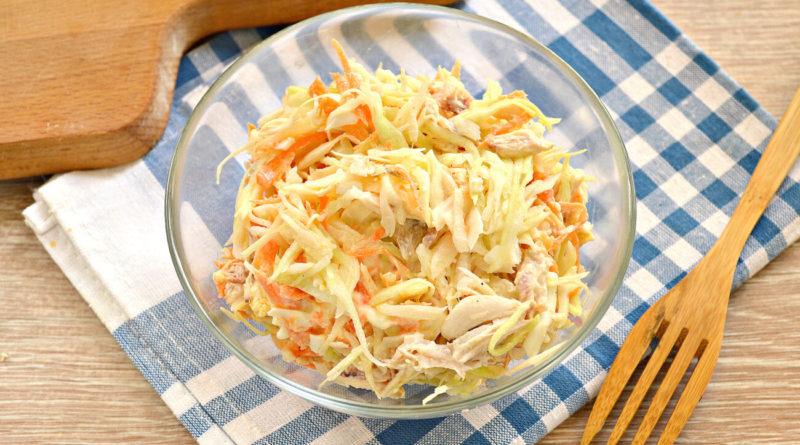 Салат из куриного филе и овощей