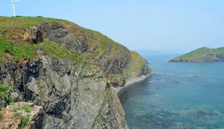 Чем заняться в Японском море: остров Рейнеке