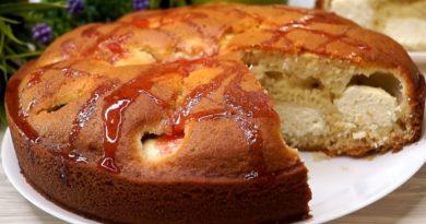 Быстрый пирог на кефире: сюрприз внутри