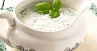 Вкуснейший сметанный соус