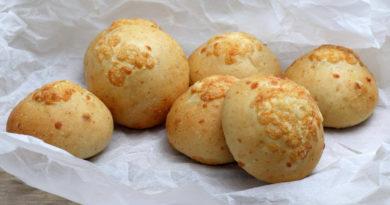 Творожные булочки с сырной начинкой