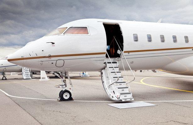 Разгерметизация самолета: что делать, чтобы полет закончился без жертв?