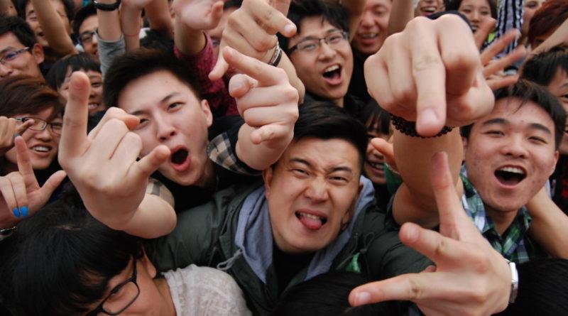 Китайцы в восторге: 5 наших исполнителей, от которых фанатеют в Поднебесной