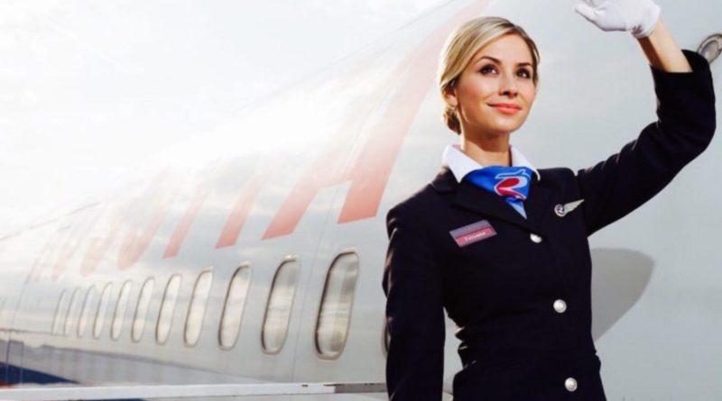 Стюардесса рассказала, почему почти все самолеты белого цвета