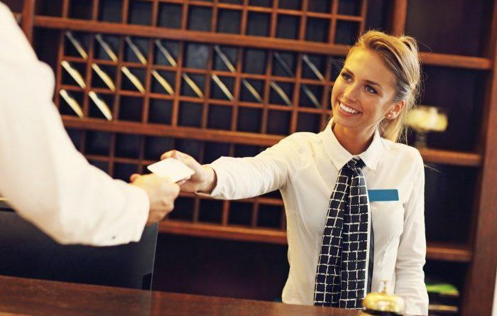 Как получить номер в отеле бесплатно