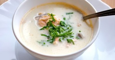 Рыбный суп из семги со сливками.