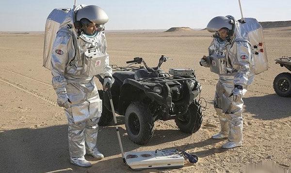Эксперимент по имитации жизни на Марсе