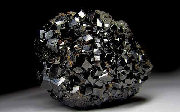 Интересные факты о камне гранат