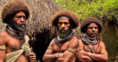 Есть племя, которое вообще не контактирует с цивилизацией