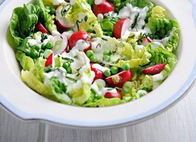 Весенний салат с курицей: идеальный легкий ужин