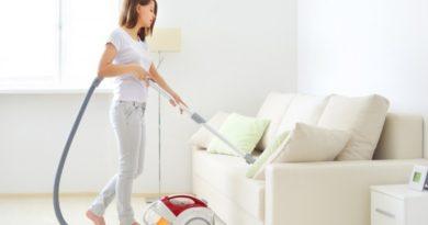 11 правил по выведению пятен с мягкой мебели