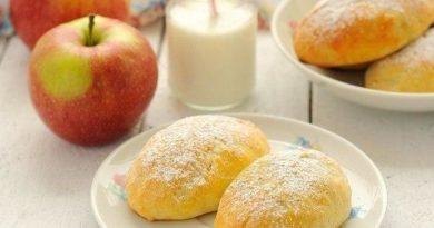 Пирожки из творожного теста с яблоками