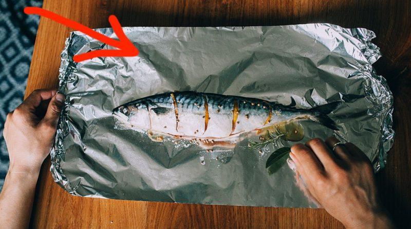 В какую сторону фольги заворачивать продукты при запекании