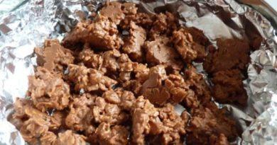 Шоколадные хрустелки с изюмом
