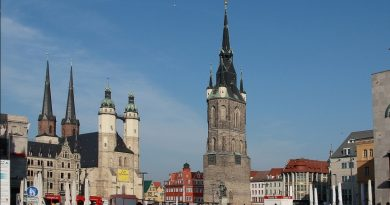 Ратуша, башня и цитадель: 10 уникальных строений Германии