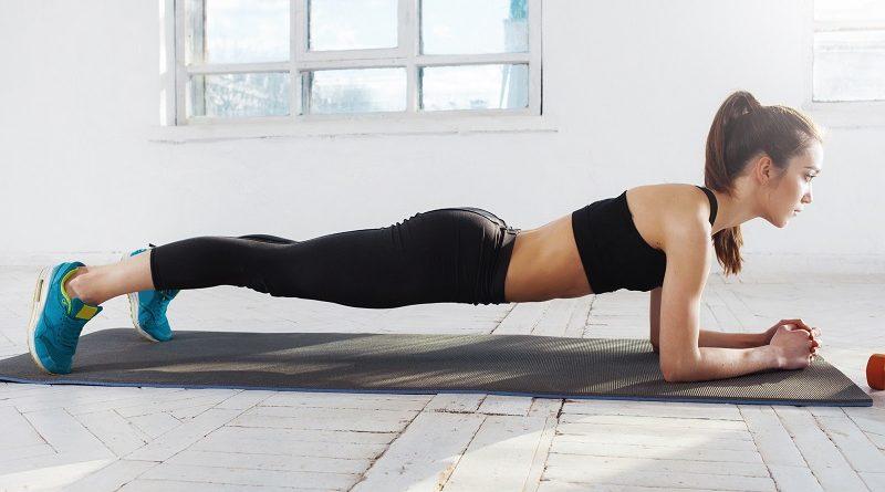 Плоский живот: эффективные упражнения для мам