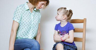 """5 ошибок воспитания детей: как избежать """"сидения на шее"""""""