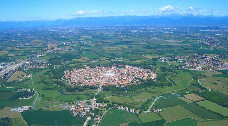 Пальманова - симметричный город-крепость в Италии