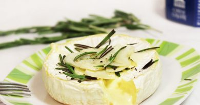 Запеченный сыр камамбер