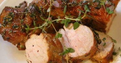 Свиная вырезка в меду и горчице