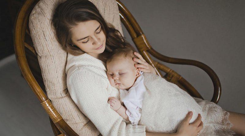 3 эмоции мамы, которые гарантированно влияют на сон ребенка