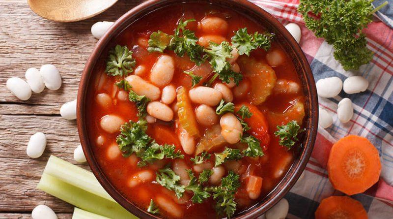 Фасолевый суп по-балкански