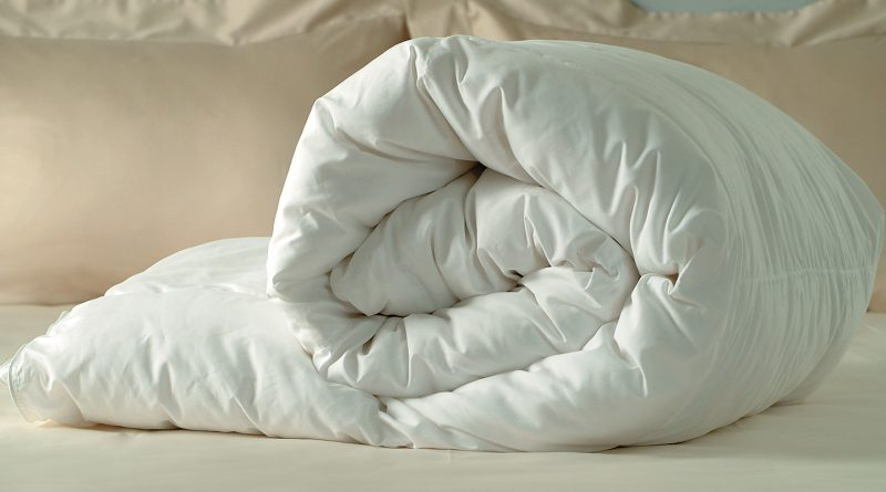 Как стирать одеяла из разных материалов
