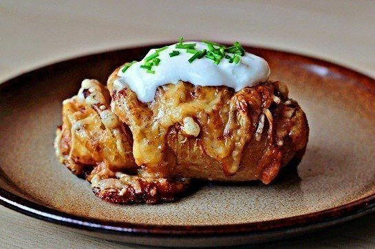 Печеный картофель с сыром