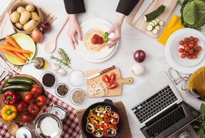 15 лайфхаков, которые помогут тебе на кухне