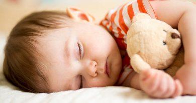 Когда ждать, что ребенок будет хорошо спать?