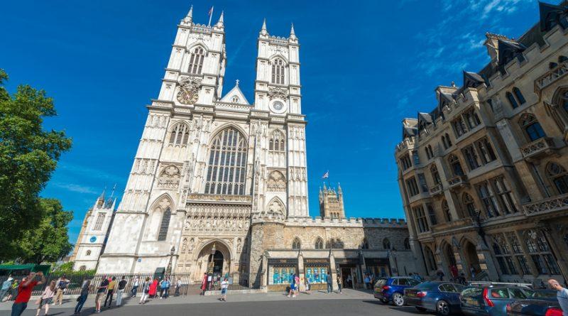 Лондон: по следам Питера Пэна и Шерлока Холмса