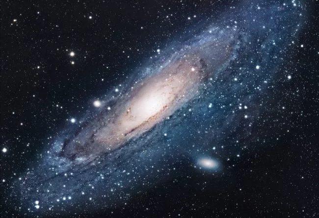 Галактика Андромеды сожрала сестру нашего Млечного Пути