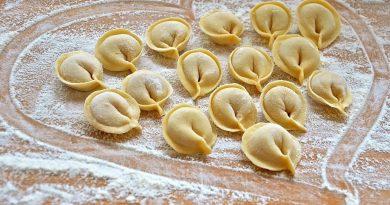Самое вкусное заварное тесто на вареники и пельмени