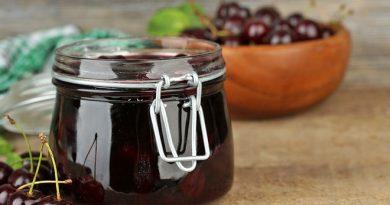 Вишневое варенье с косточками: бабушкин рецепт