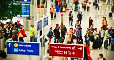 5 признаков мошеннического сайта продажи авиабилетов