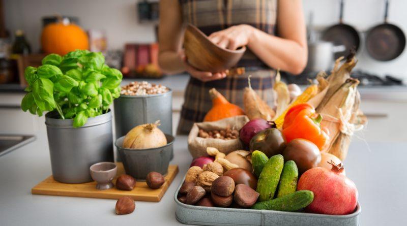 Как кушать осенью: что поменять в рационе?