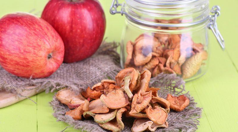 Как хранить сушеные яблоки?
