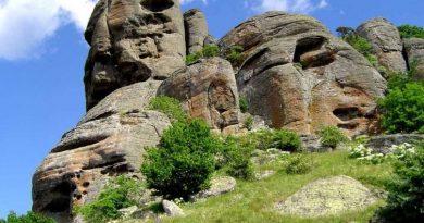 Демерджи и долина привидений