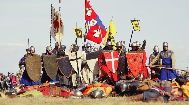 Пушки, порох, кавалерия. 6 самых зрелищных военных реконструкций сезона