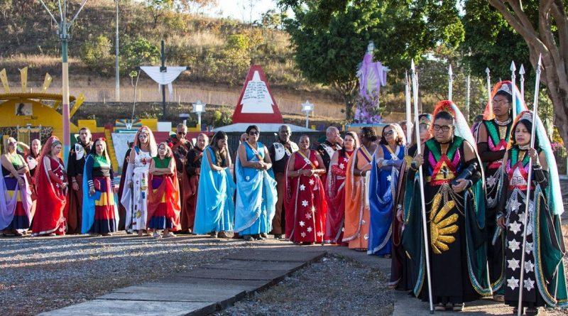 В Бразилии существует сообщество верующих в то, что они пришельцы в телах людей.