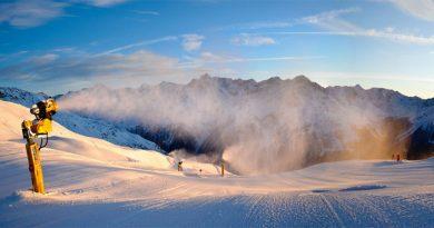 Плюсы и минусы искусственного снега для катания
