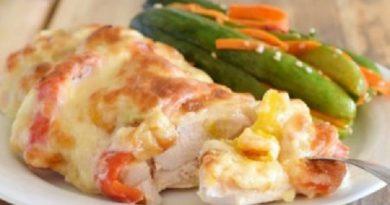 Пряное куриное филе с овощами и сырной корочкой!