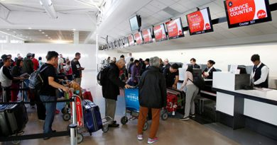 В Новой Зеландии таможенники смогут законно копаться в смартфонах туристов