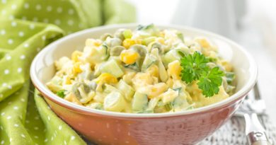 Салат из кукурузы и горошка